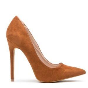 Women's pumps brand shoe republic LA